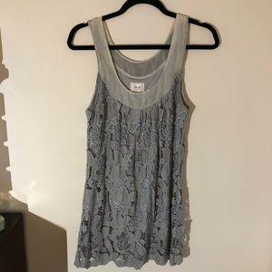 🧚🏼♀️ 3/$20 item ECI lace dress.